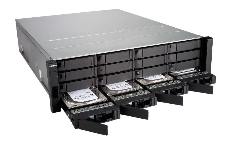 ES1640dc Qnap - Storage NAS Rackmount 16 baias p/ discos SAS